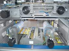 Film welding device by heated blade